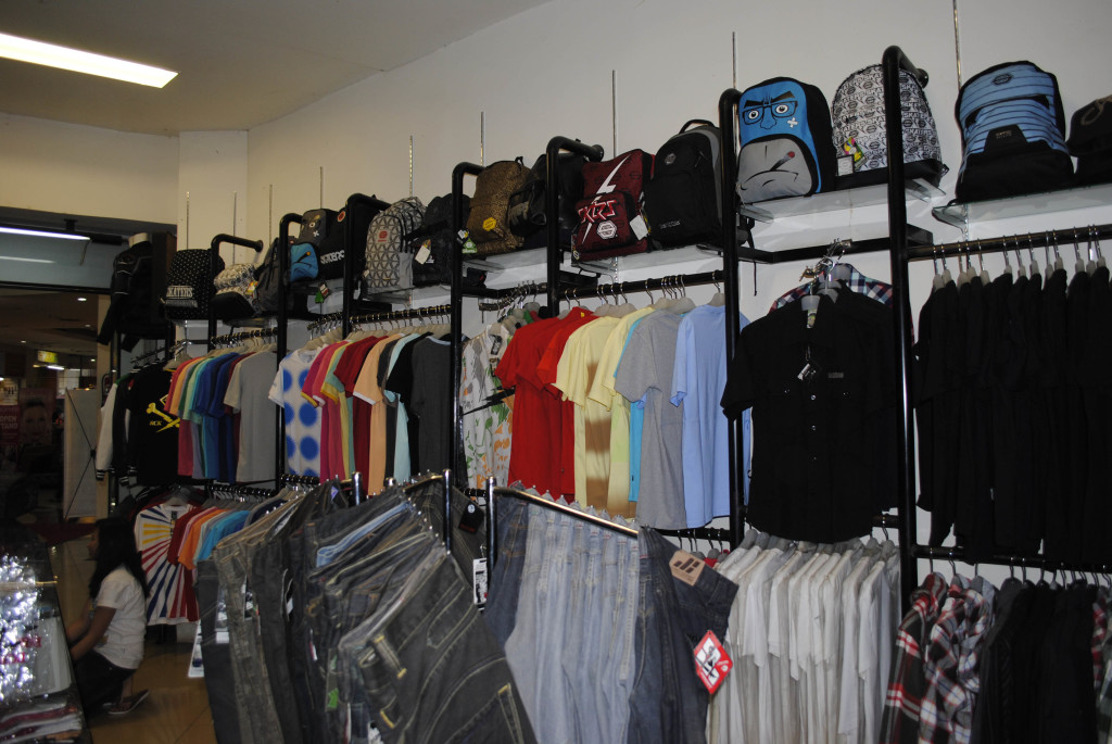 Grosir Baju Distro Cimahi Murah Kulakan Kaos Distro Termurah Di Dunia