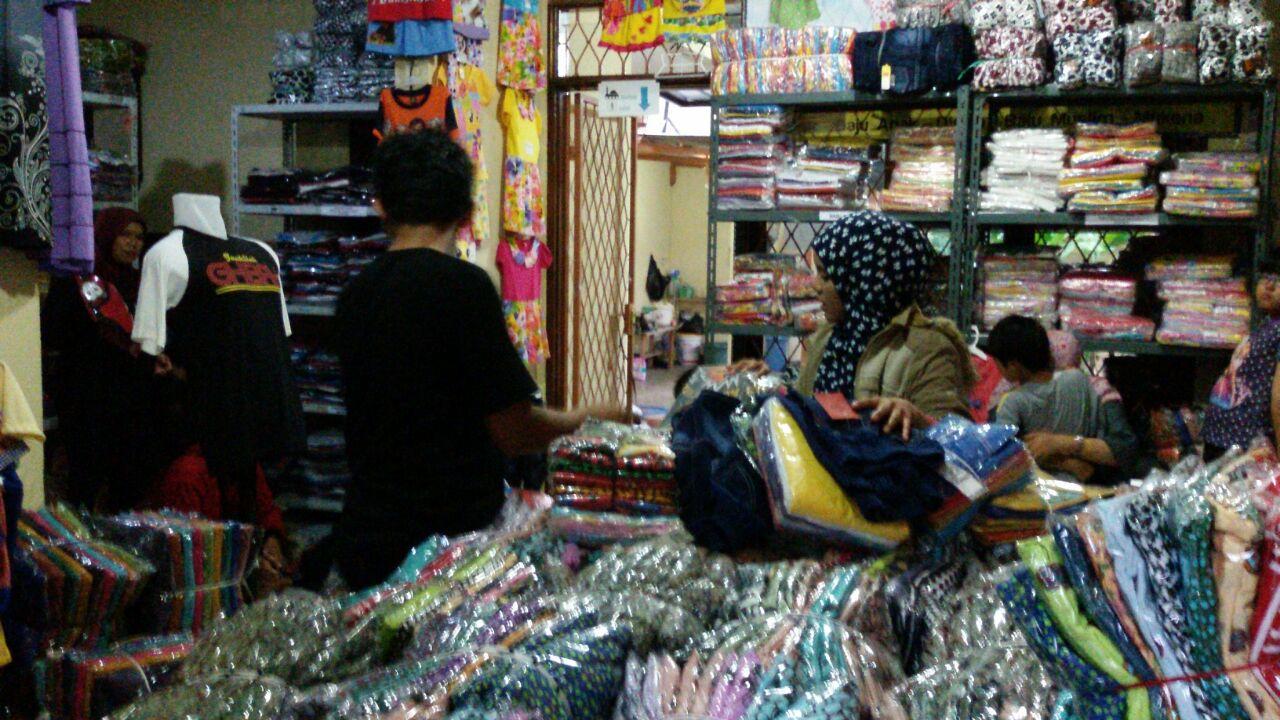 Grosir Baju Distro Cimahi Murah Grosir Kaos Distro Branded Merk Hadjie Rp. 25.000